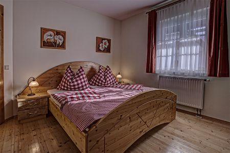 Schwalbennest Zimmer.jpg