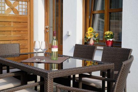 Terrasse Spatzennest.jpg
